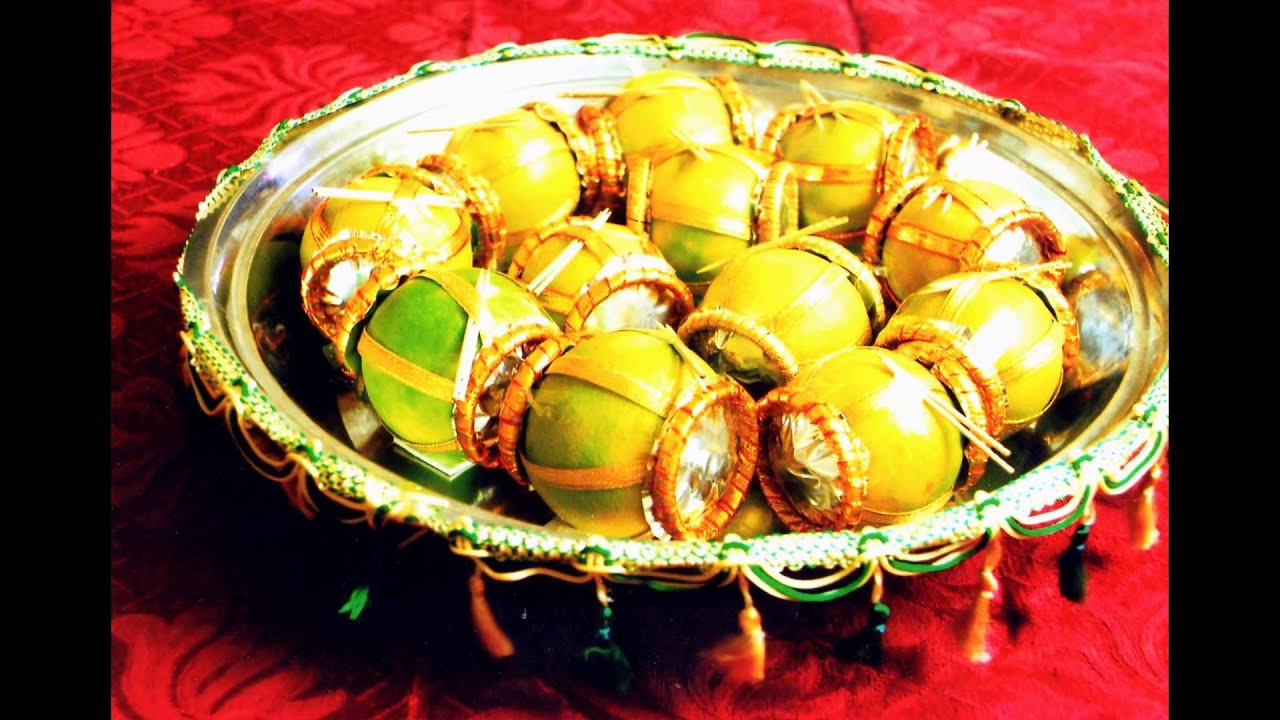 Fruit decorations by thenmozhi gunasekaran youtube for Apples decoration for home