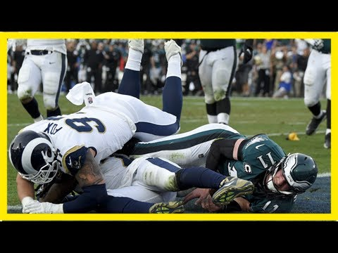 Carson wentz reasserts christian faith after torn acl ends season of eagles qb