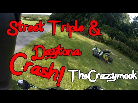 Triumph Daytona SE & Street Triple Crash!