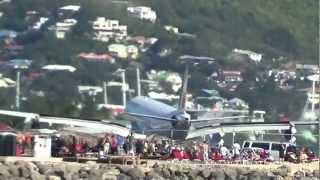 Caribbean Plane (Air Bus) Landing