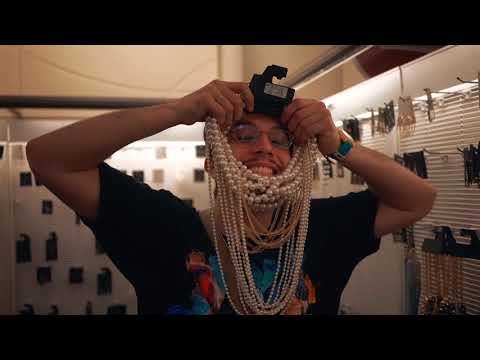 bbno$ - lavish prod. hollow (official music video)