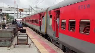 Suvidha Superfast Express entering into vadodara