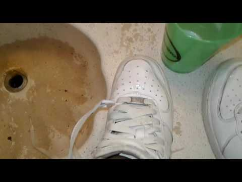 How to clean shoes AF1