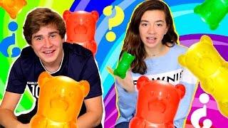 Repeat youtube video Reto del osito gominola. Gummy bear challenge