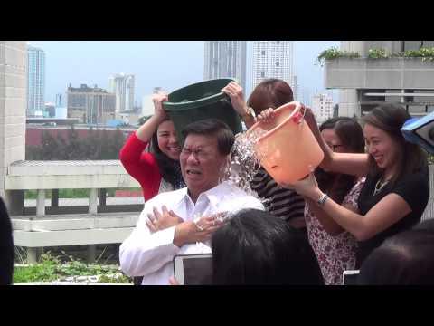 Drilon takes on ice bucket challenge