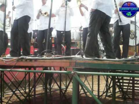 Banda Sensacion Del Valle-Arriba Pichataro