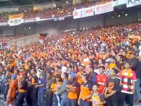 the jakmania gariskeras bergelora trofeo 2015 part 2