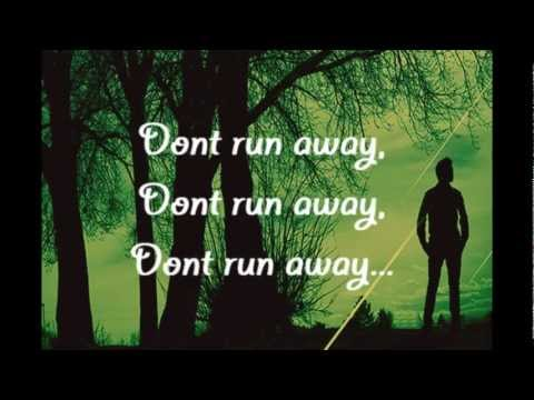 David Archuleta - Don't Run Away w/ lyrics on screen