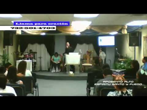 Evangelista  Carlos Garcia en iglesia Aposento Alto Espiritu Santo y Fuego  Inc.