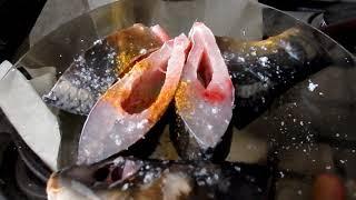 Как жарить рыбу  на бумаге  вкусно жареный карп  на пергаменте