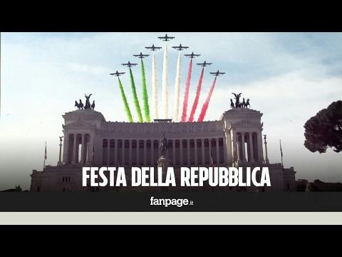 Le Frecce Tricolori nei cieli di Roma per la festa della Repubblica