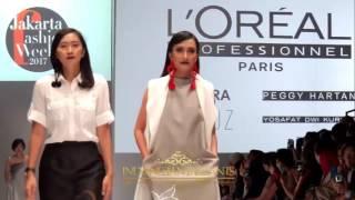Ratu Kecantikan Indonesia Satu Panggung di Jakarta Fashion Week 2017