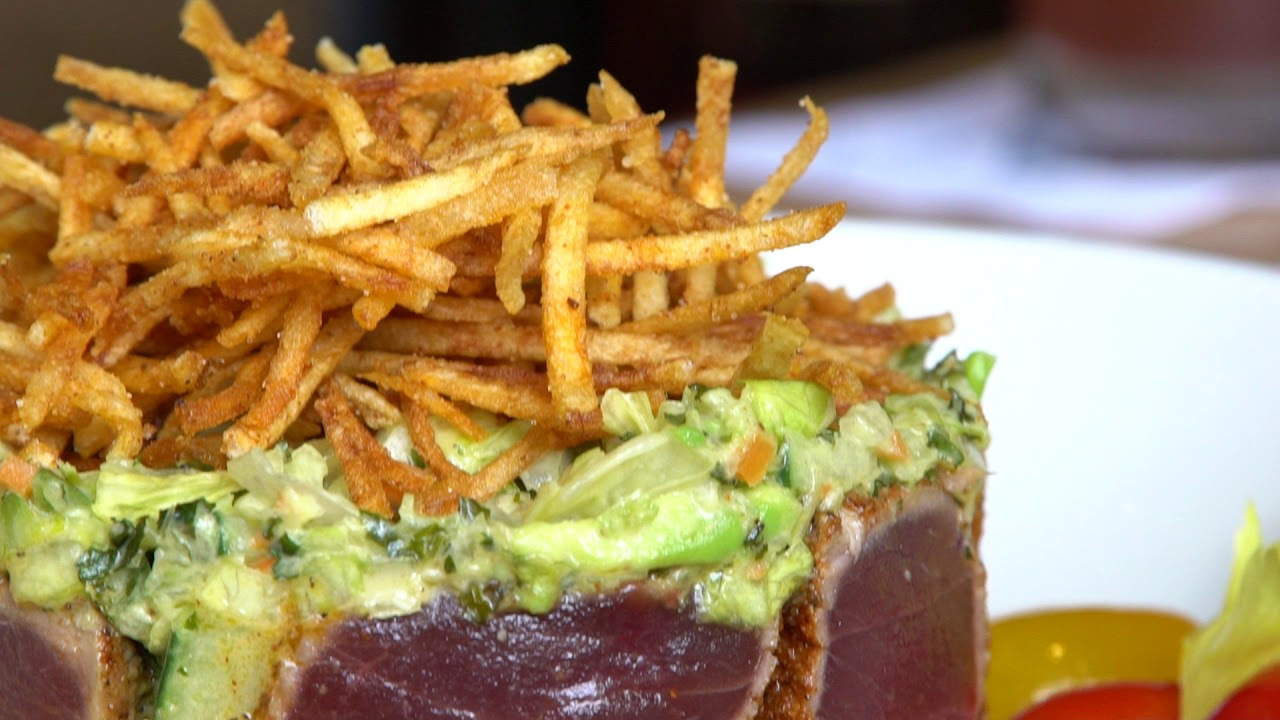 Tennessee Cuisine: Dining Hot Spots in Memphis and Chattanooga - YouTube