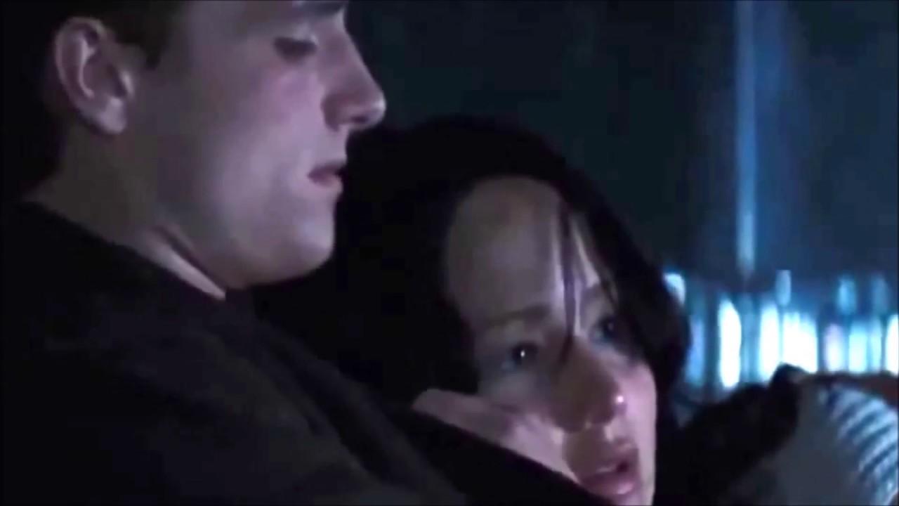 Los Juegos Del Hambre En Llamas Katniss Y Peeta 5 Youtube