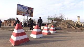 Станица Луганская. Очередь на пути в оккупацию