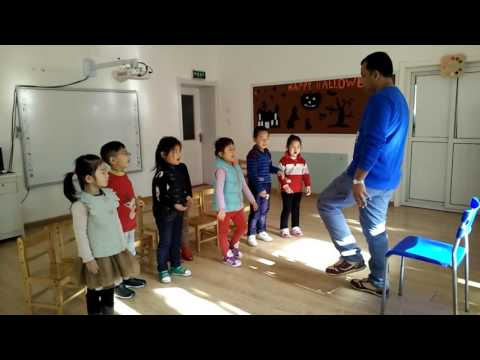 Playing Games And Learning English, ESL Teaching At Kindergarten, Oral English Class,