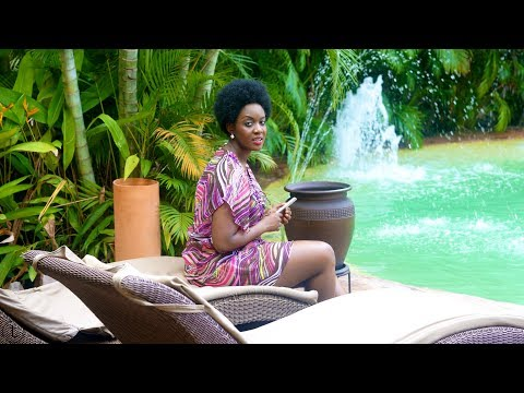 THE TRUE VLOG: MY STAY AT LA VILLA BOUTIQUE HOTEL (GHANA VLOG #12) #SP