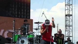 Yelawolf Travis Barker Let S Go San Bernardino Rock