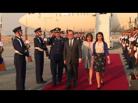 French President Hollande arrives in Chile