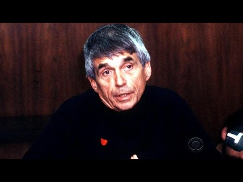 Priest and peace activist Daniel Berrigan dies