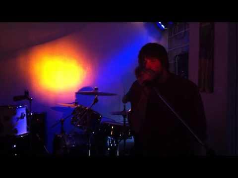 This Is Head - De Trop [Live at Café Galao, Stuttgart]