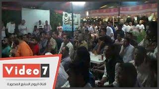 مقاهى برج العرب تمتلىء عن آخرها لمشاهدة مباراة الزمالك والوداد