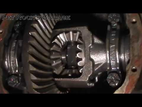 How To Replace Spider Gears In Ford 7.5 & 8.8 Open Differential - Ford Mustang