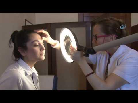 Göz Makyajı Temizliği İçin Bebek Şampuanı