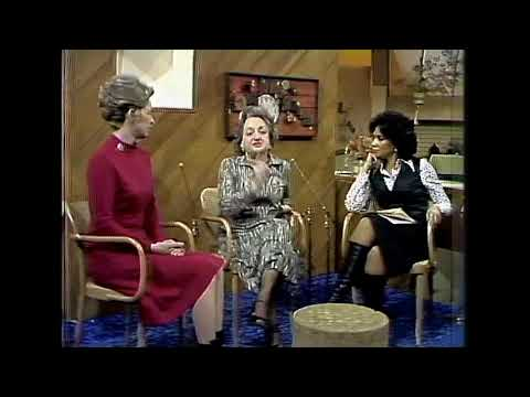 Phyllis Schlafly debates Betty Friedan on ERA