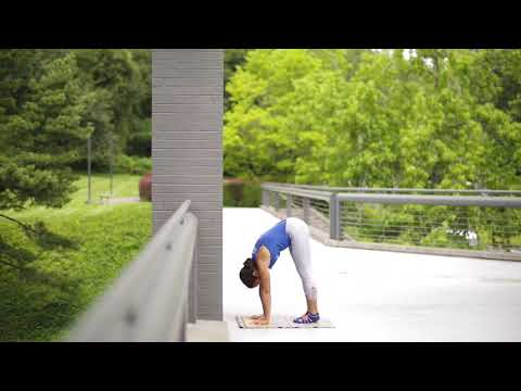 How to Tuck Up | YogaSlackers 12 Days of Handstands