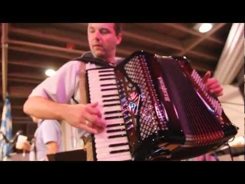 Oktoberfest 2012 | Amazing German Accordion Player | OldWorld HB