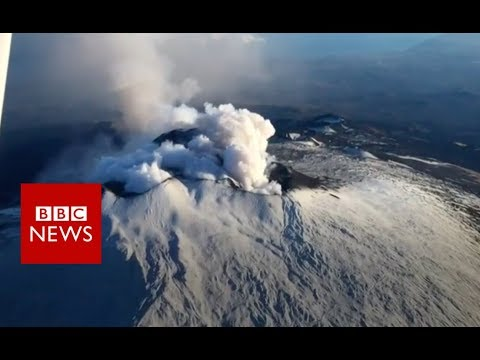 Mount Etna has 'flank eruption' - BBC News