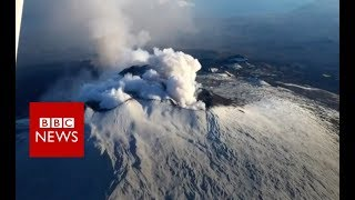 Mount Etna has 'flank eruption' - BBC News