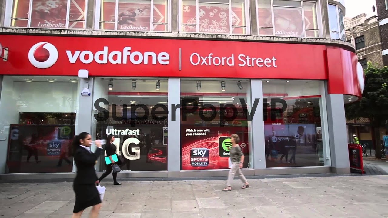 Panning Shot, Vodafone shop on Oxford Street  Vodafone ha
