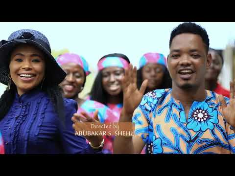 FARIN CiKIN RAINA (Official Music Video) By Sani Ahmad and Fati Abubakar.