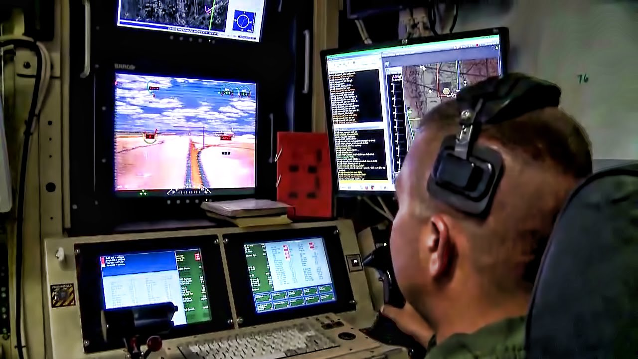 MQ 1 Predator Drone Flight O Pilot Sensor Operator