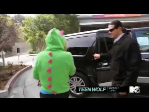 Perez Hilton Bullies Ke$ha