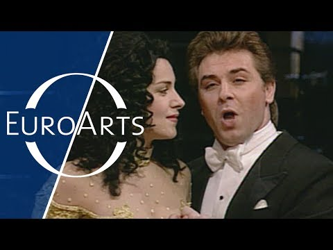 Angela Gheorgiu & Roberto Alagna: Bizet - Duet from Act 1 of Carmen (1996)