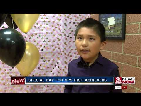 Fontenelle Elementary school students praised for high test scores