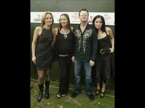 Heaven Knows - The Corrs - Live In Tokyo