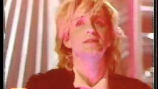 Scritti Politti- Absolute  Live on Top Of The Pops (June 1984)flv. you tube