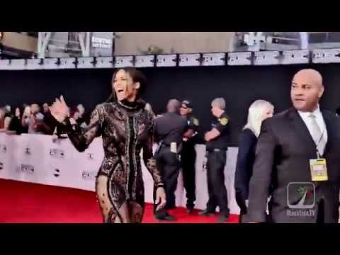 Ciara killing it on American Music Awards Red Carpet