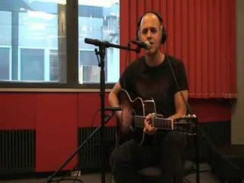 Milow - Ayo Technology (live acoustic 2008)