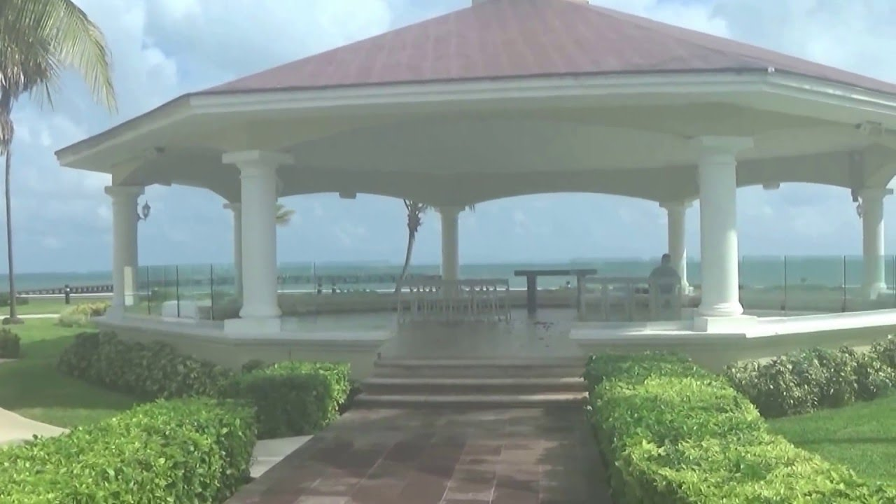 Bugambilia Gazebo Moon Palace For Anand Karaj Sikh Weddings