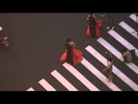 Brides of the Waibaidu Bridge (Shanghai, China)
