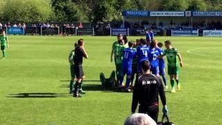 Red card full incident Wealdstone v Hemel