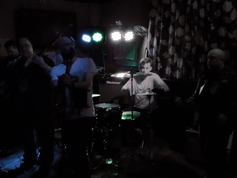 Snow Patrol's Chasing Cars cover song by Accrington band 53 Degrees North @The Arden Inn 9/3/18