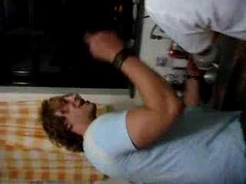 Hermine, Michael e Uli lavando louça!!!