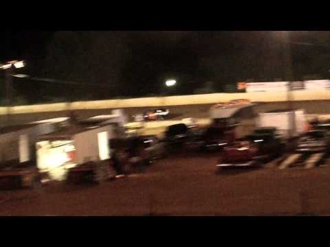 lake cumberland speedway dustin duncan 8-6-11 openwheel feature part1