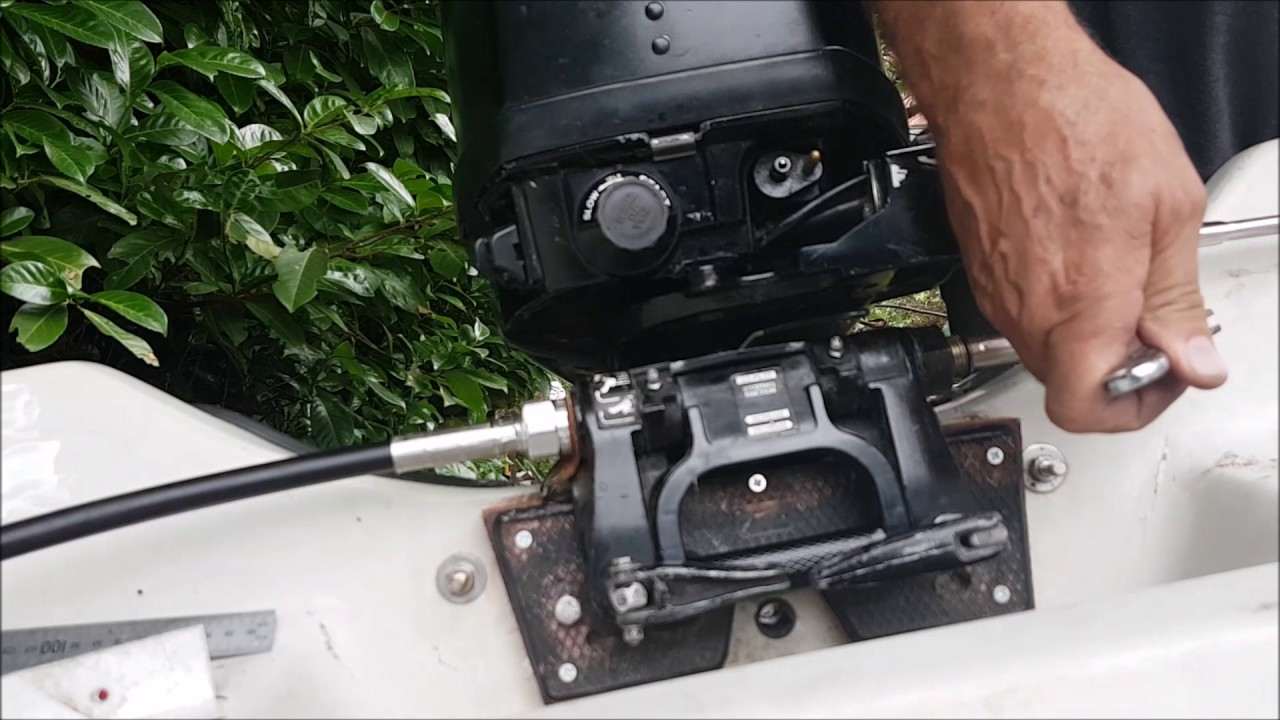 fitting a teleflex steering system to a mercury mariner 15hp outboard in a 10 foot dory [ 1280 x 720 Pixel ]